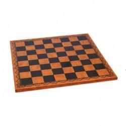 Tablero de ajedrez de cuero marrón